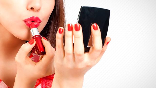 red-lipstick-shutterstock-20140118