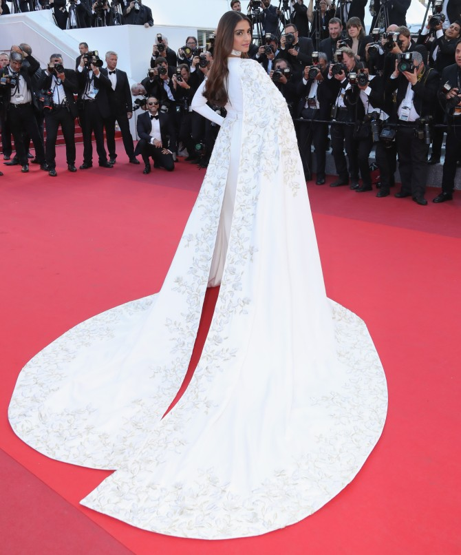 CANNES, FRANCE - MAY 15:  Sonam Kapoor attends the screening of 'From The Land Of The Moon (Mal De Pierres)' at the annual 69th Cannes Film Festival at Palais des Festivals on May 15, 2016 in Cannes, France.  (Photo by Neilson Barnard/Getty Images)