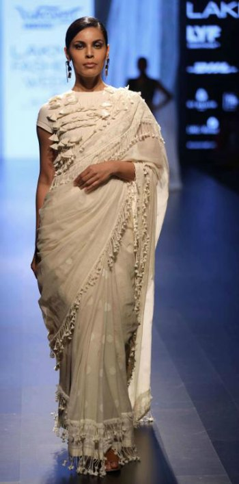 1.2 Best Looks from Lakme Fashion Week 2017